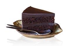De Cake van de de Lagenroom van chocoladebrownies op wit met het knippen van weg royalty-vrije stock afbeelding