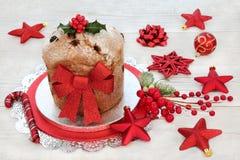 De cake van Panettonekerstmis royalty-vrije stock afbeelding