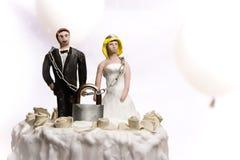 De cakebeeldjes van het huwelijk Stock Foto's