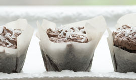 De Cakes van de Kop van de Kokosnoot van de chocolade Royalty-vrije Stock Afbeeldingen