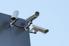 De camera's van veiligheidskabeltelevisie Stock Afbeelding