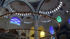 De Camlica-Moskee Ä°stanbul Turkije stock video