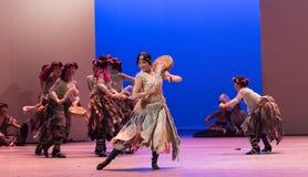 ` De Cangyangjiacuo del drama de la danza del tambor- de la zalea `` Fotos de archivo