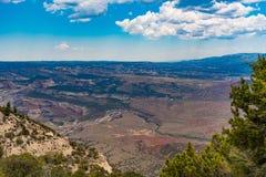 De canion overziet Dinosaurus Nationaal Monument royalty-vrije stock foto