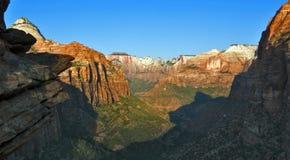 De canion overziet in Zion National Park stock foto's