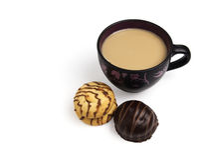 De cappuccino's en de koekjes van de koffie Stock Fotografie