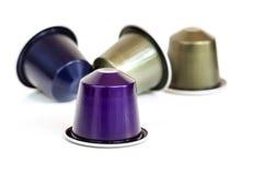 De capsules van de koffie die op wit worden geïsoleerd Royalty-vrije Stock Afbeelding
