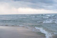 De Caraïbische Costa Rica Ocean Water Beach Paradise-Regen Forest Beautiful van Vakantiebomen Stock Afbeelding