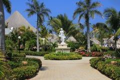 De Caraïbische Tuin van het Hotel van Samanà ¡ Stock Foto's