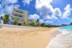De Caraïbische Villa van Beachside Stock Foto