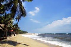 De Caraïbische Zee en één van zijn mooie stranden op Isla Grande, Rosario Archipelago royalty-vrije stock fotografie