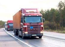 De caravan van vrachtwagens van   royalty-vrije stock afbeelding