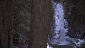De cascade valt de Winter, Opdracht, BC 4K UHD stock footage