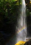 De cascade van regenboogdalingen Royalty-vrije Stock Foto