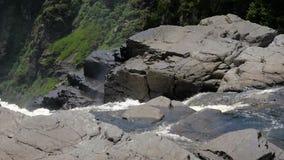 De cascade van de waterdaling stock footage