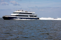De Catamaran van de veerboot Stock Fotografie