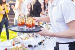 De catering is buiten op gebeurtenis royalty-vrije stock afbeelding