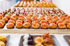 De cateringsdienst voor gebeurtenis royalty-vrije stock afbeeldingen
