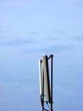 De cellulaire antenne van het telefoonnetwerk Stock Afbeeldingen