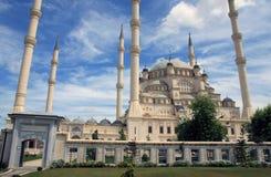 De Centrale Moskee van Sabanci in Adana. Royalty-vrije Stock Afbeelding
