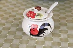 De ceramische haankom Stock Foto's