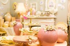De ceramische vazen van Nice in luxebinnenland Stock Foto