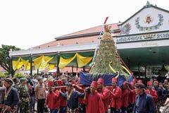 De ceremonie van Grebegmaulud door Keraton Yogyakarta wordt gehouden die royalty-vrije stock afbeelding