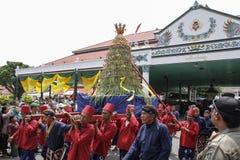 De ceremonie van Grebegmaulud door Keraton Yogyakarta wordt gehouden die stock afbeelding