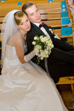 De ceremonie van het huwelijk in kerk Stock Foto