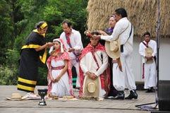 De ceremonie van het huwelijk van Mexico. Bruid en bruidegom. royalty-vrije stock foto
