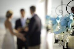 De ceremonie van het strandhuwelijk royalty-vrije stock foto's