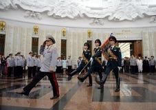De ceremonie van het toekennen van de banner in de zaal van militaire glorie het Museum van de grote Patriottische oorlog op Pokl Stock Foto