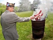 De Ceremonie van vlagburining Stock Foto's