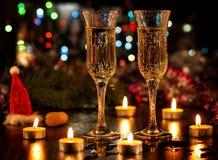 De champagne en het vuurwerk van de fles Stock Foto's