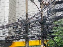 De chaos van kabels en draden op asokeweg Royalty-vrije Stock Fotografie