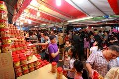 De Chinatown het Chinese Maannieuwjaar van Singapore winkelen Stock Fotografie