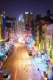 De Chinatown van Manhattan van de Stad van New York bij nacht Stock Afbeeldingen