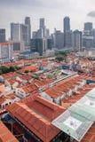 De Chinatown van Singapore met Moderne Horizon Royalty-vrije Stock Afbeelding