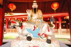 De Chinese die godsbeeldhouwwerken in Chinese tempel worden getoond Royalty-vrije Stock Afbeeldingen