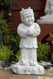 De Chinese die Tempel Bangkok van het Kindstandbeeld van marmer wordt gesneden stock afbeeldingen