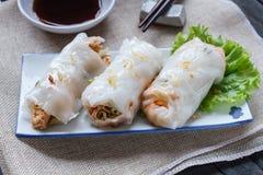 De Chinese Gestoomde Broodjes van de Rijstnoedel Royalty-vrije Stock Afbeelding