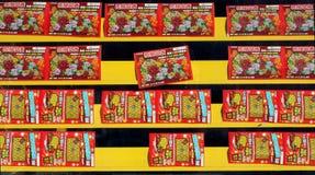 De Chinese Kaartjes van de Loterij van het Nieuwjaar voor Verkoop Stock Afbeeldingen