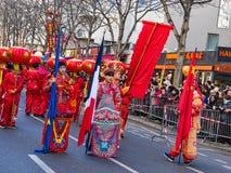De Chinese nieuwe parade van jaarvieringen in Parijs stock afbeeldingen