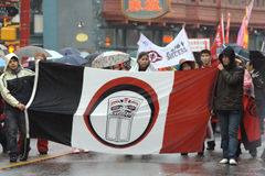 De Chinese Parade van het Nieuwjaar, Band Musqueam Stock Foto