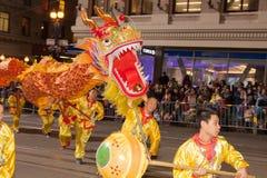 De Chinese Parade van het Nieuwjaar in Chinatown Royalty-vrije Stock Afbeelding