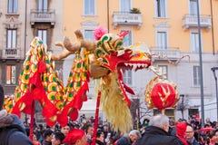 De Chinese parade van het Nieuwjaar in Milaan Royalty-vrije Stock Foto's