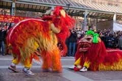 De Chinese parade van het Nieuwjaar in Milaan Stock Foto's