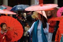 De Chinese Parade van het Nieuwjaar, TẠ¿ t Vietnam Stock Foto's