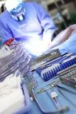 In de chirurgische werkende ruimte. een lijst met hulpmiddelen Royalty-vrije Stock Foto's