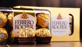 De chocoladesnoepjes van Ferrerorocher Stock Afbeeldingen
